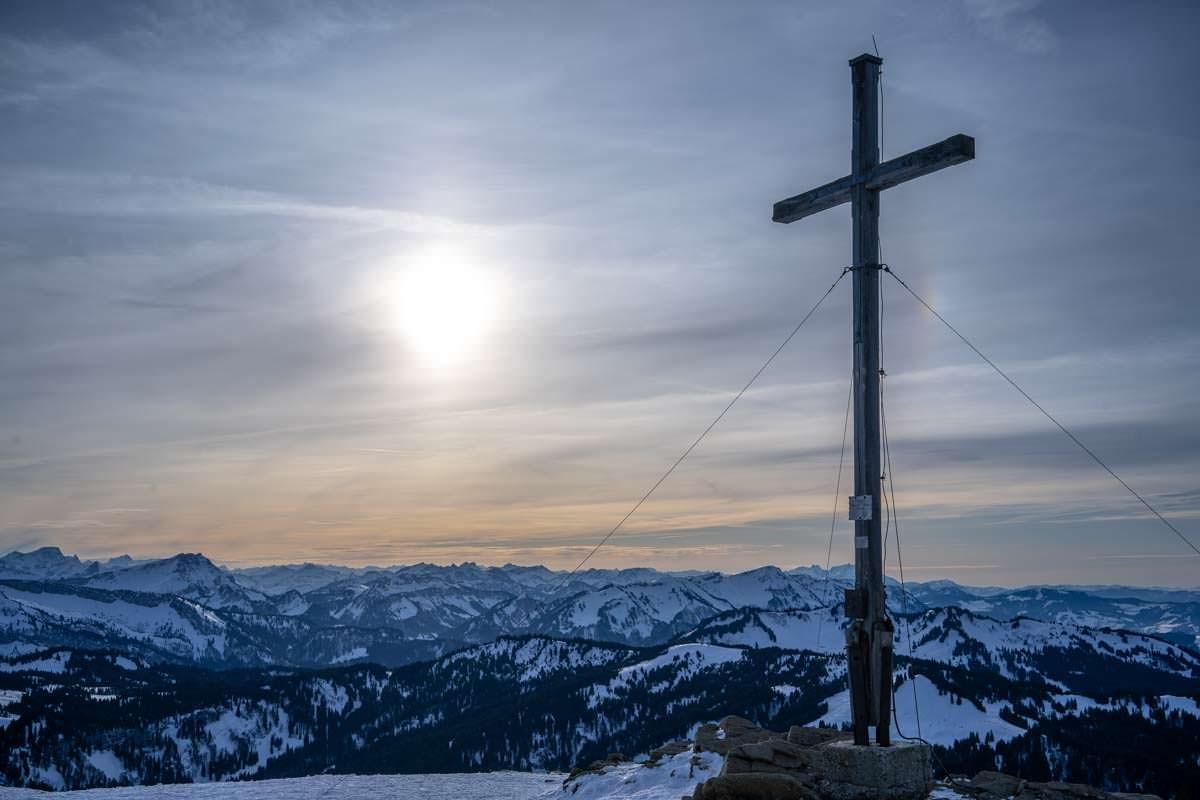 Gipfelkreuz auf dem Riedberger Horn