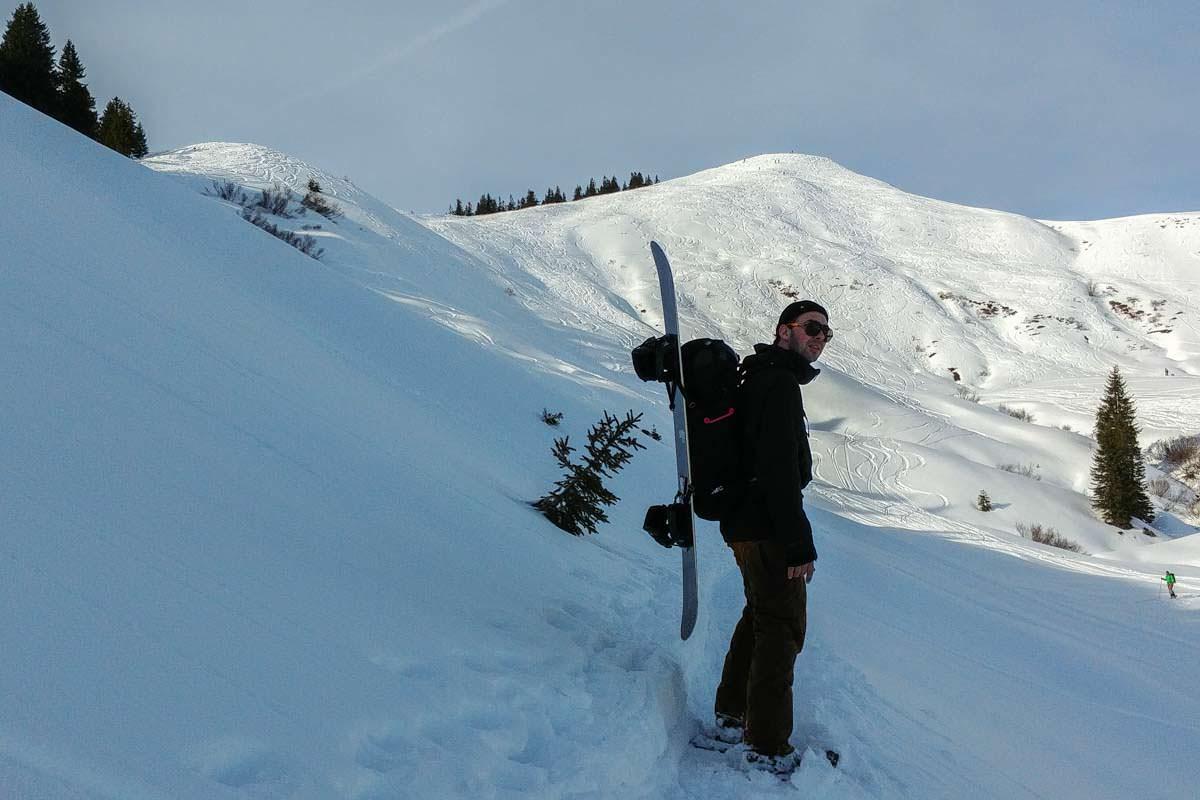 Snowboardtour mit Schneeschuhen auf das Riedberger Horn