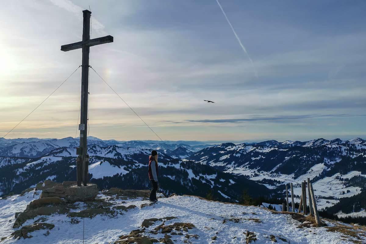 Schneeschuhwandern: mit den Schneeschuhen auf dem Riedbergerhorn