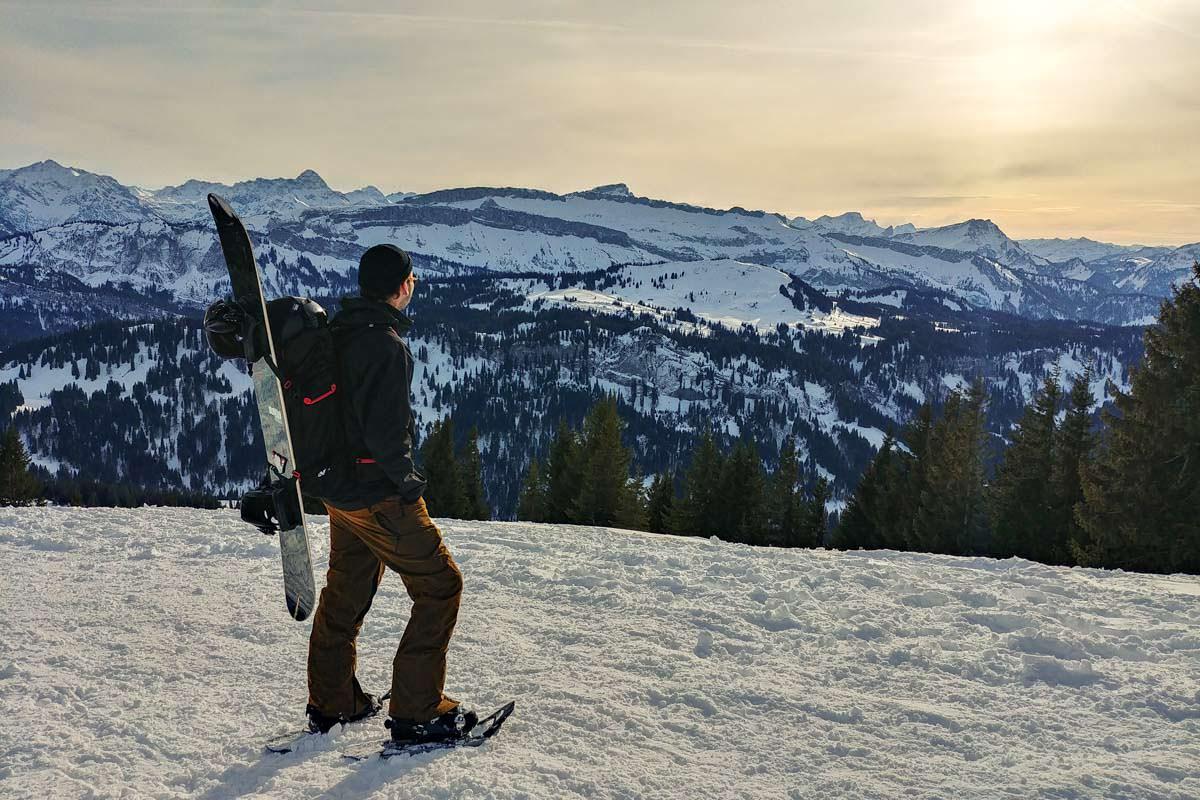 Schneeschuhwandern ohne Wanderstöcke - irgendwas fehlt hier doch?
