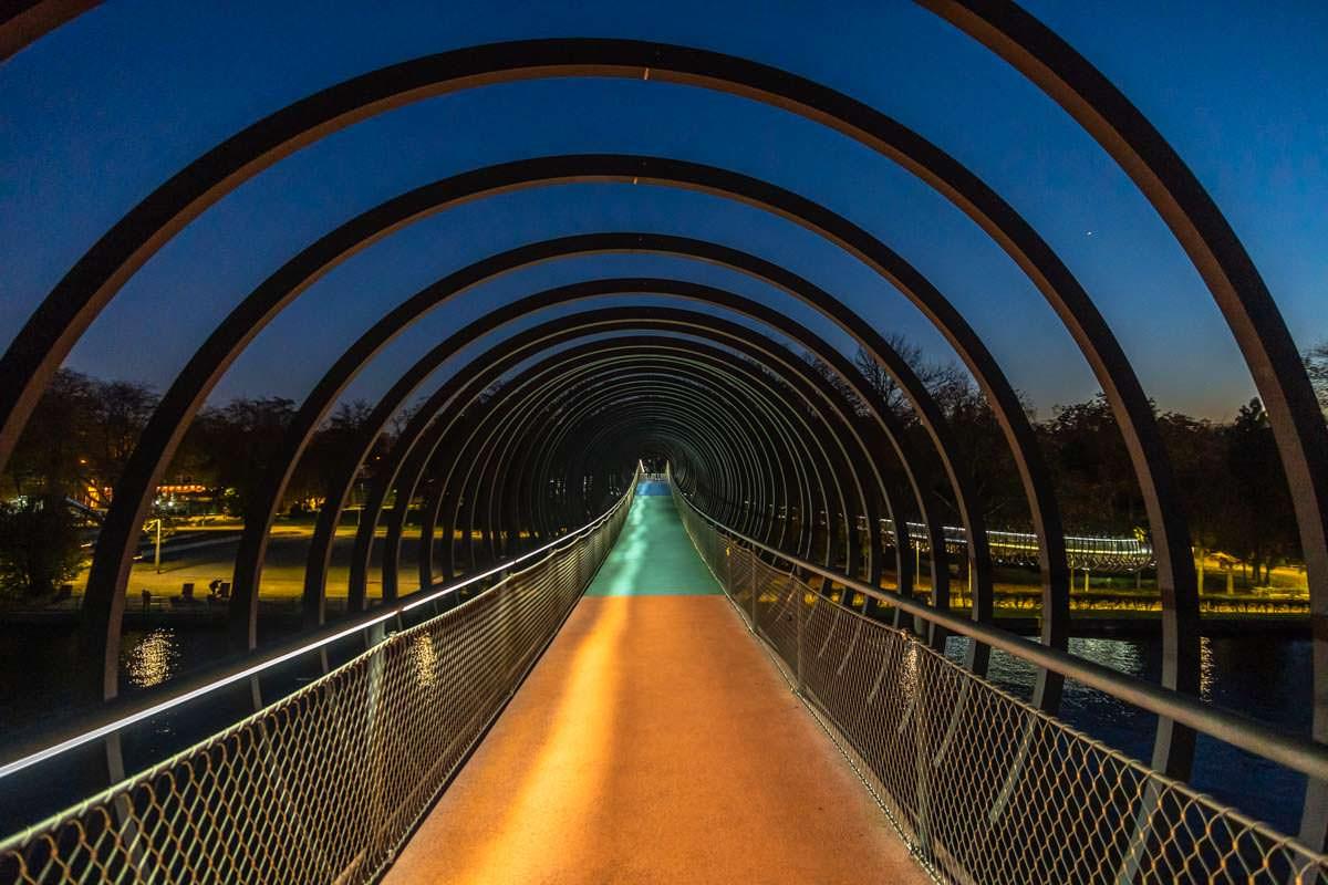 Slinky Springs to Fame Brücke ist eine beliebte Fotolocation in Oberhausen