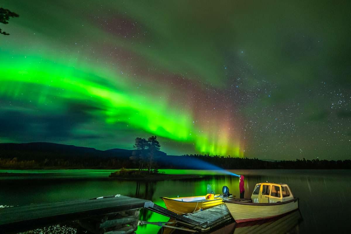 Nordlichter in Årrenjarka in Schwedisch-Lappland