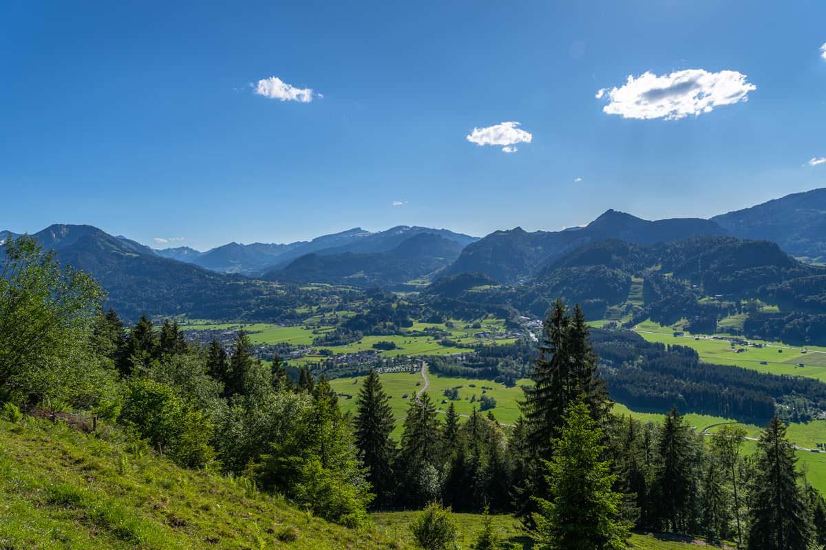 Blick vom Wallrafweg auf Oberstdorf